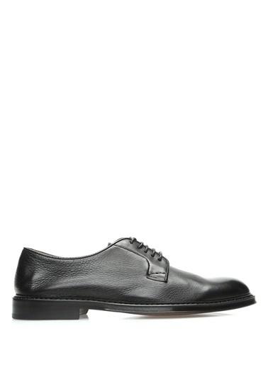 Ayakkabı-Doucal's